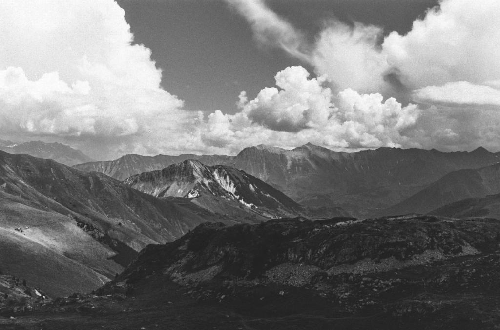photo argentique col de la croix de fer montagne savoie