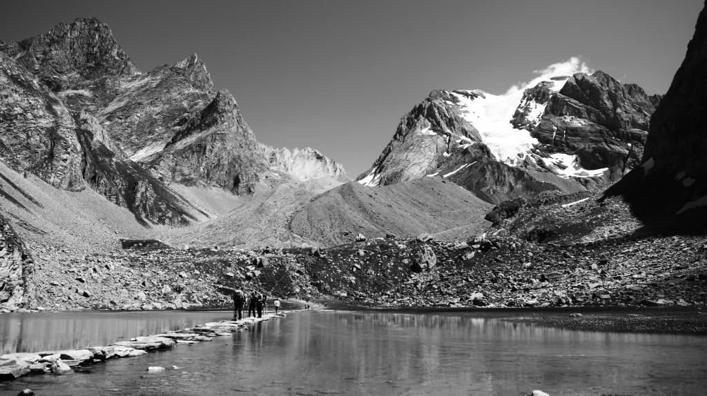 Lac des vaches à pralognan parc de la vanoise savoie glacier randonnée